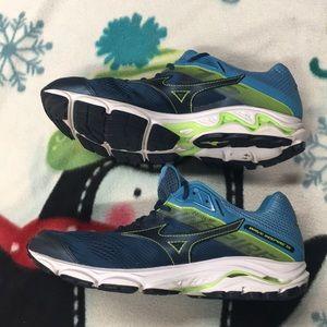 Mens Mizuno Wave Inspire 15 Running Shoes